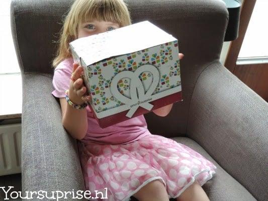 Yoursurprise.nl  Sterre haar nieuwe broodtrommel!