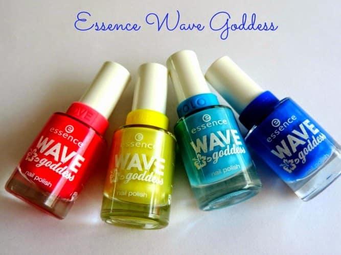 Essence Wave Goddess nagellak swatches