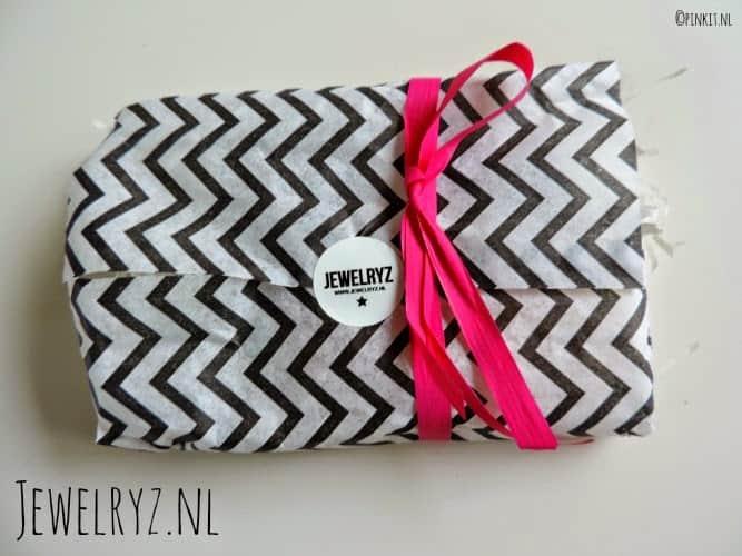 FASHION: Oorbellen van Jewelryz.nl