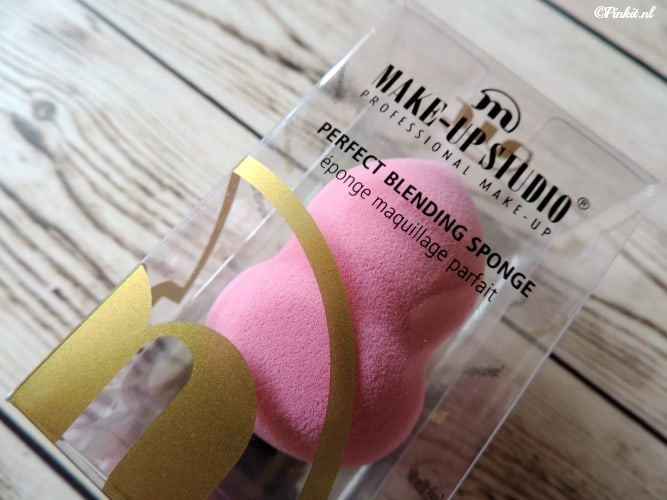 BEAUTY | MAKE-UP STUDIO PERFECT BLENDING SPONGE