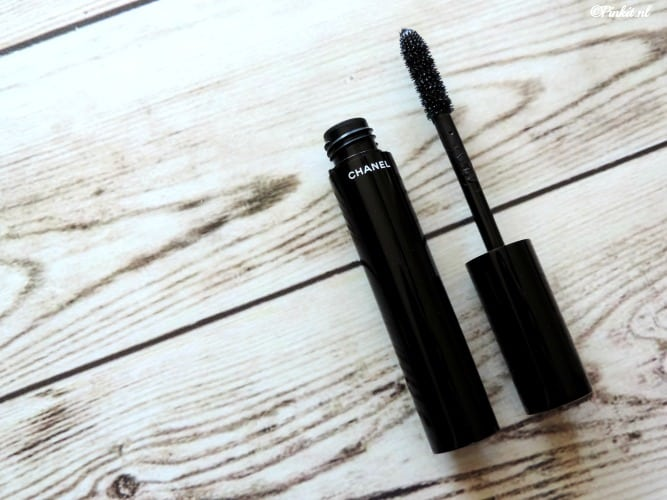 BEAUTY | LE VOLUME DE CHANEL MASCARA 10 NOIR