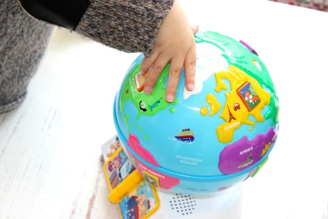 fisher-price-leerplezier-hallo-wereld-wereldbol-review-6