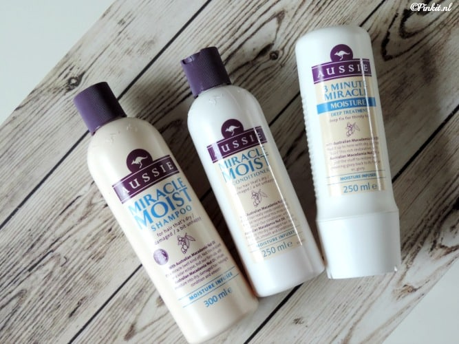 BEAUTY | AUSSIE MIRACLE MOIST SHAMPOO, CONTIDIONER & DEEP TREATMENT [+WIN]