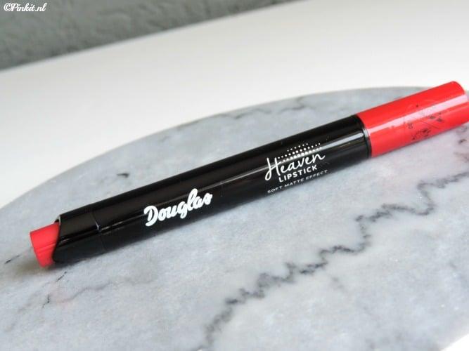 BEAUTY | DOUGLAS MAKE-UP HEAVEN LIPSTICK – TAKE IT RED