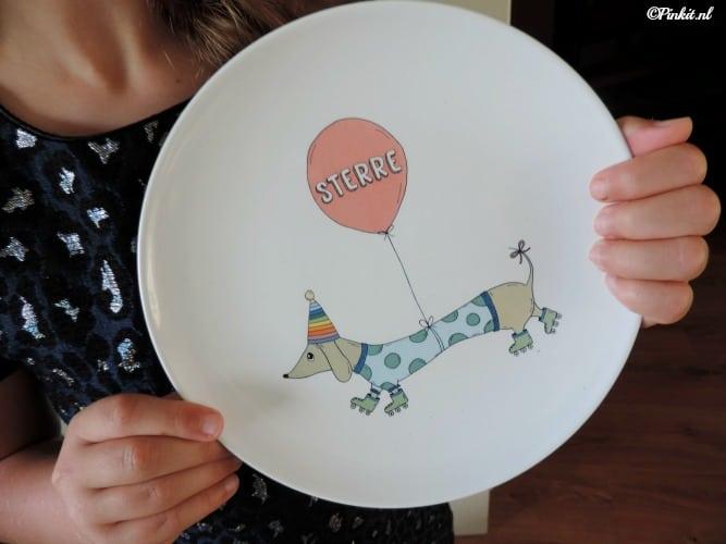 Oh You Pretty Plates
