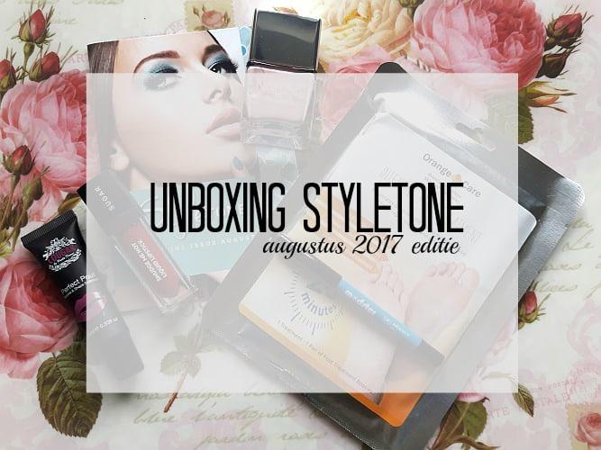 Unboxing Styletone box