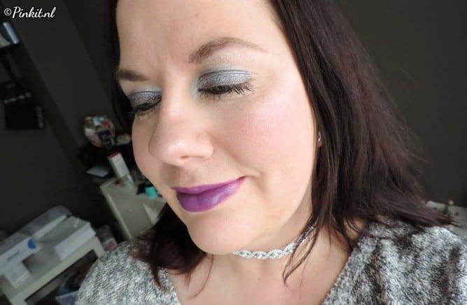 Make-Up Studio Radical Clash