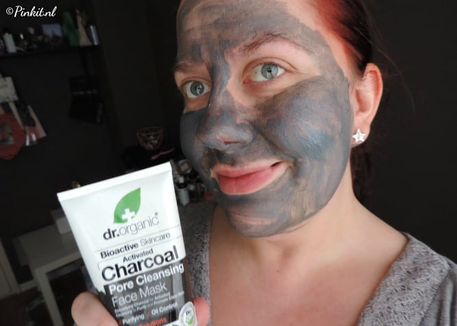 Dr Organic Charcoal Face Mask
