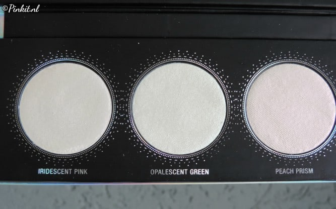L.O.V LOVillusion Holographic Highlighter Palette
