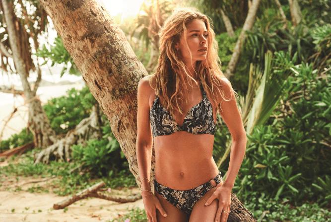 7ea97b7c3b3d94 Jungle chique, zo kan de Doutzen Swim collectie het best omschreven worden.  Verwelkom lange dagen aan het strand met bikini's in minimalistische vormen.