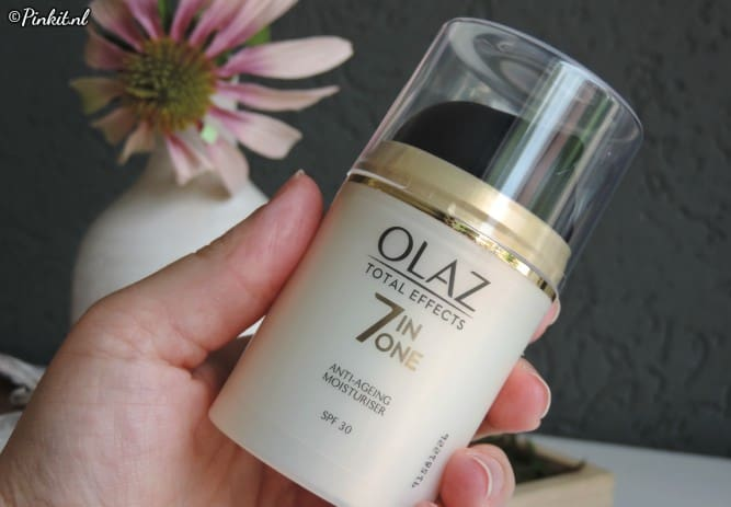 Olaz Total Effects 7-in-One Dagcrème SPF30.