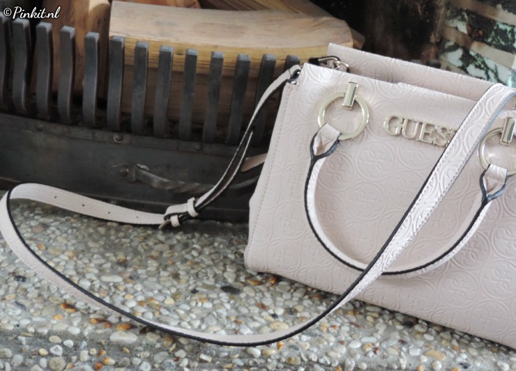 GUESS Heritage Pop Girlfriend Blush Handbag