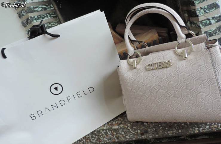 GUESS Heritage Pop Girlfriend Blush Handbag