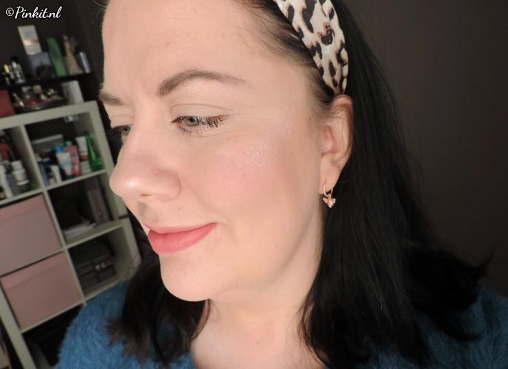 essence hey cheeks blush, bronzer & highlighter palette