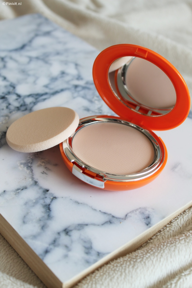 LANCASTER INVISIBLE COMPACT CREAM SPF50