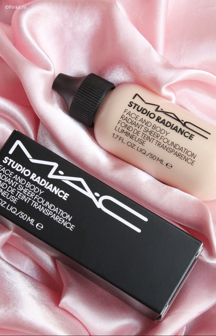 M.A.C Studio Radiance Face And Body Radiant Sheer Foundation