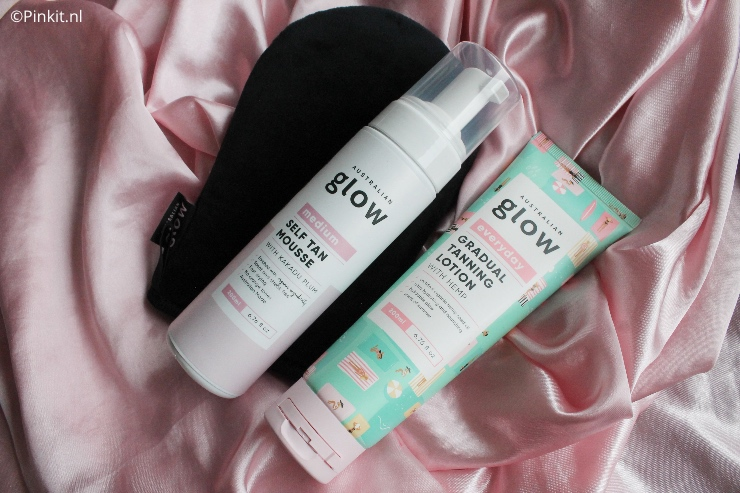 Het merk Australian Glow is nieuw in Nederland, dit merk heeft diverse zelfbruiners in het assortiment. Ik ben aan de slag gegaan met de Australian Glow Self Tan Mousse & Gradual Tanning Lotion, van beide producten laat ik het resultaat in dit artikel zien.