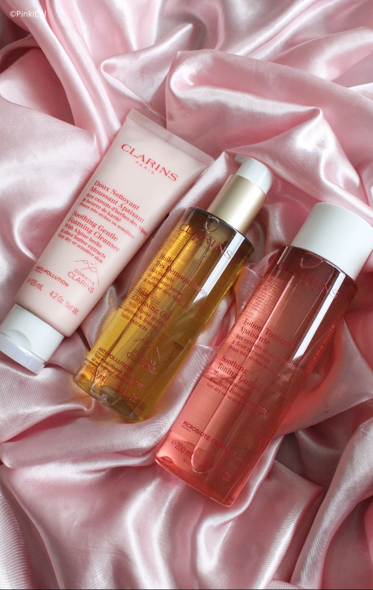 Diverse Clarins cleansers