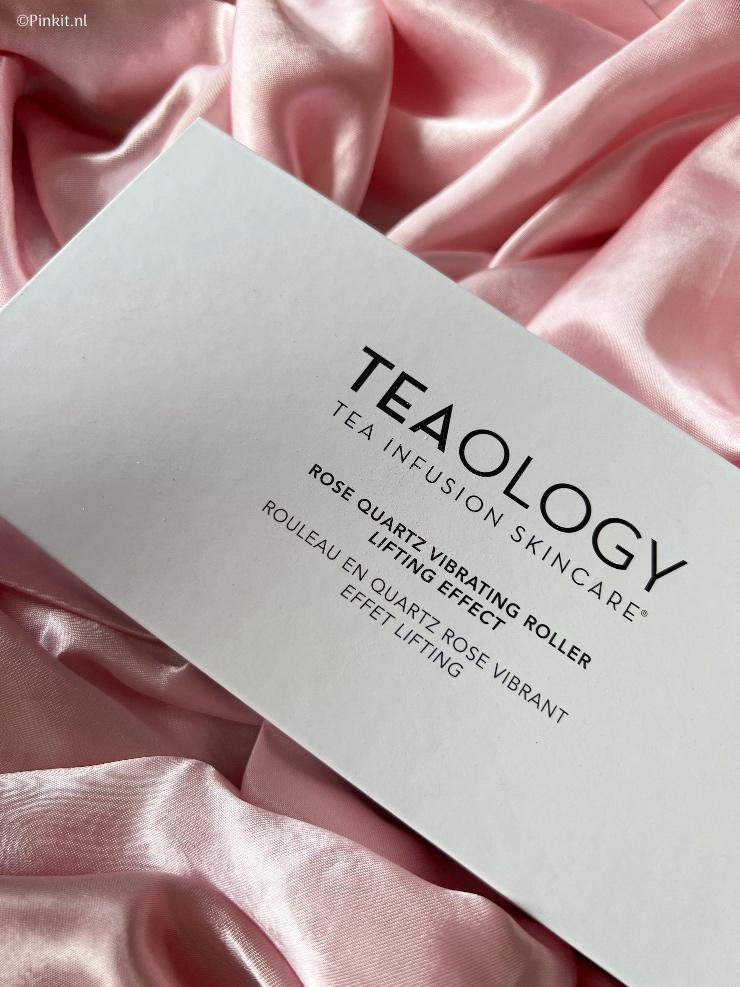 Teaology Rose Quartz Vibrating Face Roller